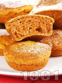 Кексчета с варена тиква и орехи - снимка на рецептата